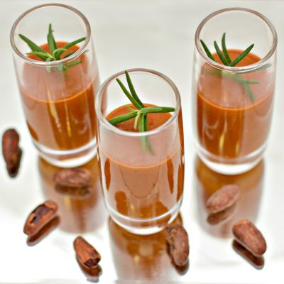 Creme-de-tomate com chocolate intenso